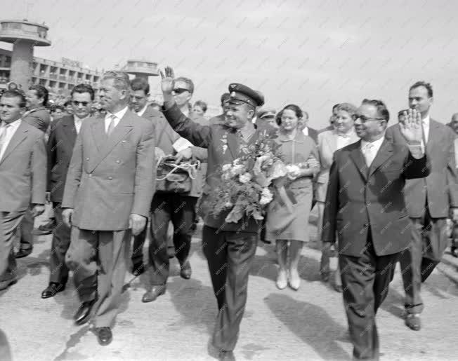 Látogatás - Jurij Gagarin Budapestre látogat