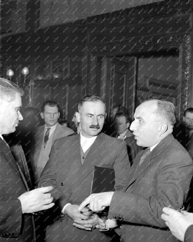 Belpolitika - Kossuth-díjak átadása a Parlamentben