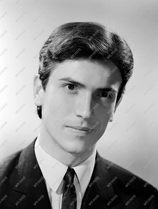 Medveczky Ádám Liszt-díjas karmester