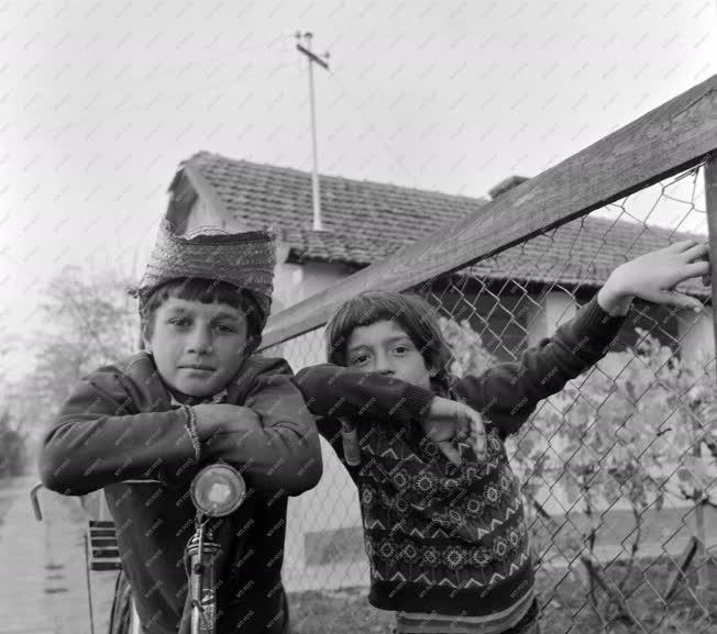 Életkép - Új környezetben a vésztői romák