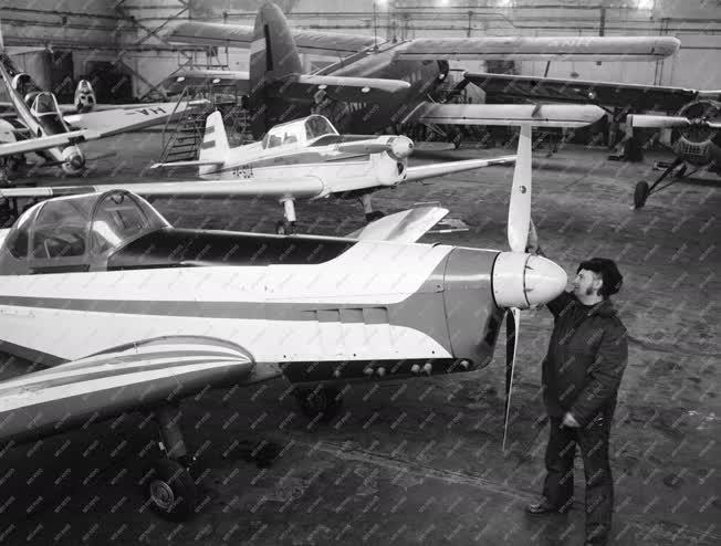 Sport - Repülőgépek tavaszi felkészítése
