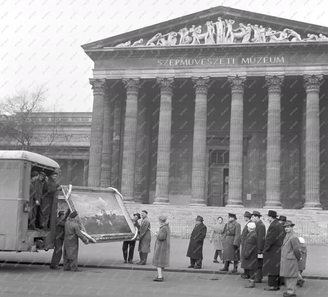 Kulturális kapcsolat - Megérkezett a Drezdai Képtár anyaga