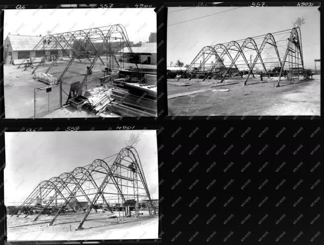 Építkezés - Pavilon a moszkvai kiállításra