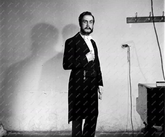 Kultúra - Opera - Melis György