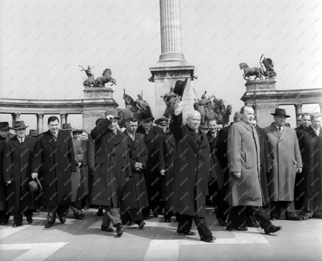 Külkapcsolat - Nyikita Szergejevics Hruscsov Magyarországon