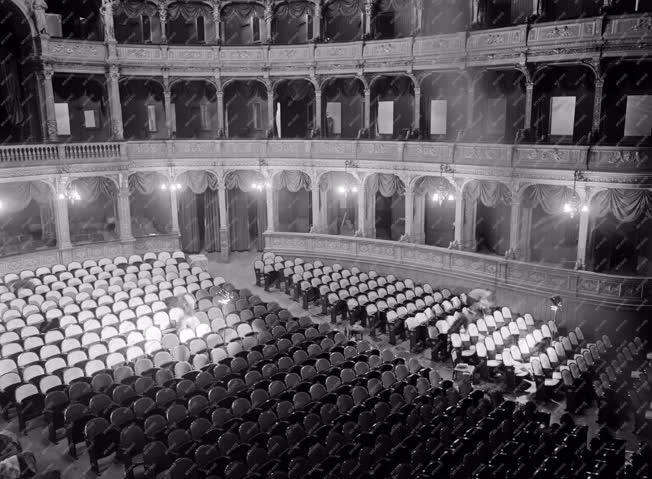 Kultúra - Felújítások a Magyar Állami Operaházban
