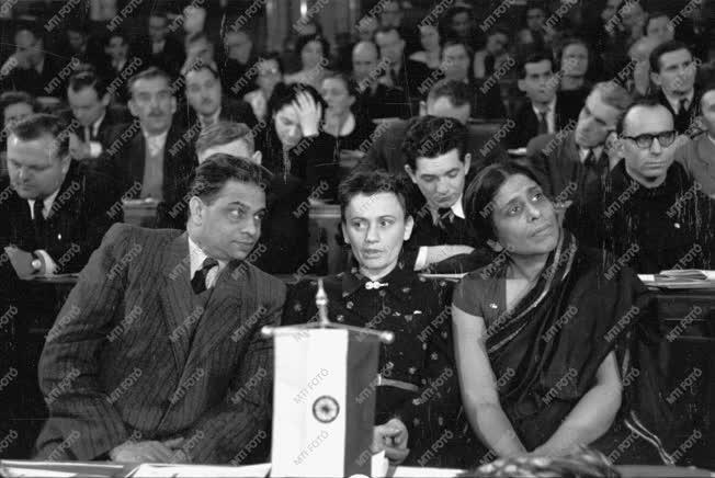 Belpolitika - Külkapcsolat - Nemzetközi küldöttek az MSZT kongresszusán