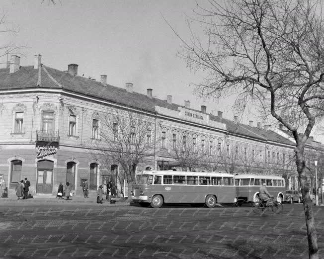 Városkép - A békéscsabai Csaba szálló