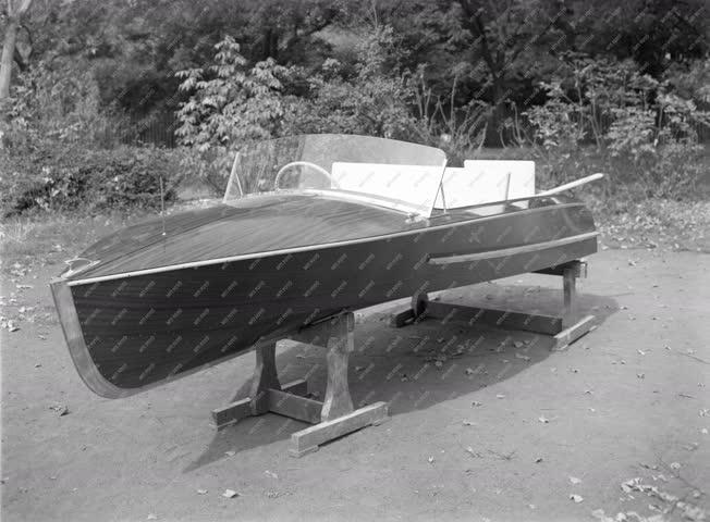 Kereskedelem - Artex - Csónak