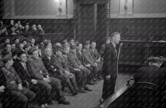 Belpolitika - Faddy Ottmár ferences szerzetes tárgyalása