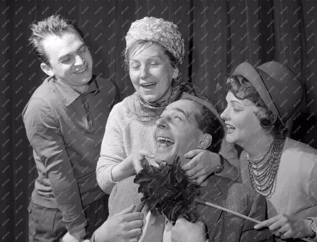 Kultúra - Színház - Lasage: A Csalafinta Bárónő