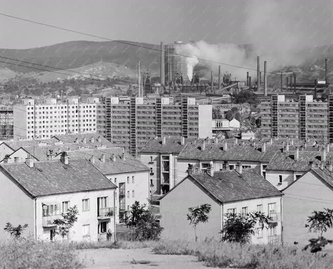 Városkép - Ózdi látkép