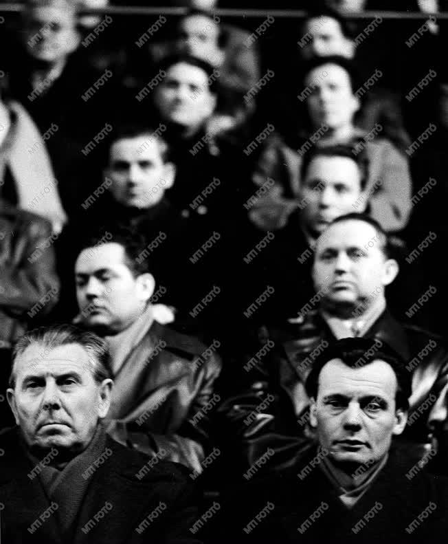 Szervezetek - Hazafias Népfront nagygyűlés