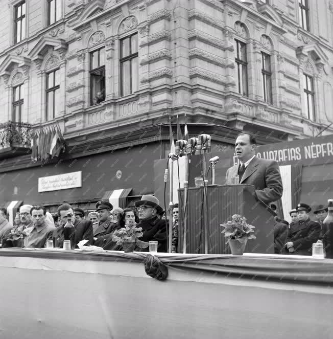 Évforduló - A Hazafias Népfront nagygyűlése