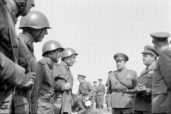 Belpolitika - Külkapcsolat - Szovjet-magyar közös hadgyakorlat