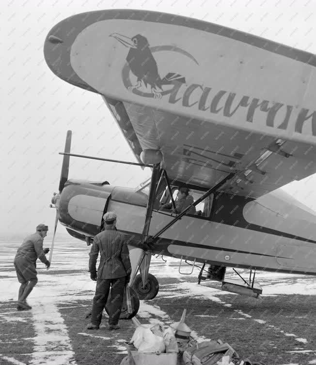 Mezőgazdaság - Indulásra kész mezőgazdasági repülőgépek