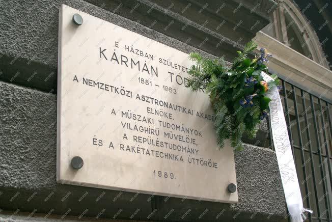 Emléktábla -  Budapest - Kármán Tódor emléktáblája