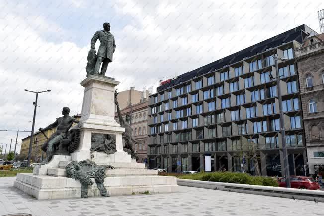 Idegenforgalom - Budapest - InterCity Hotel