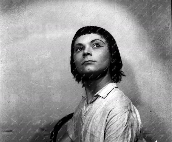 Kultúra - Balett - Róna Viktor balettművész