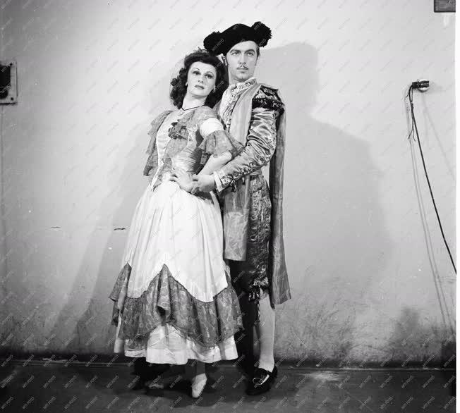 Kultúra - Csajkovics Magda és Galambos Iván táncművészek