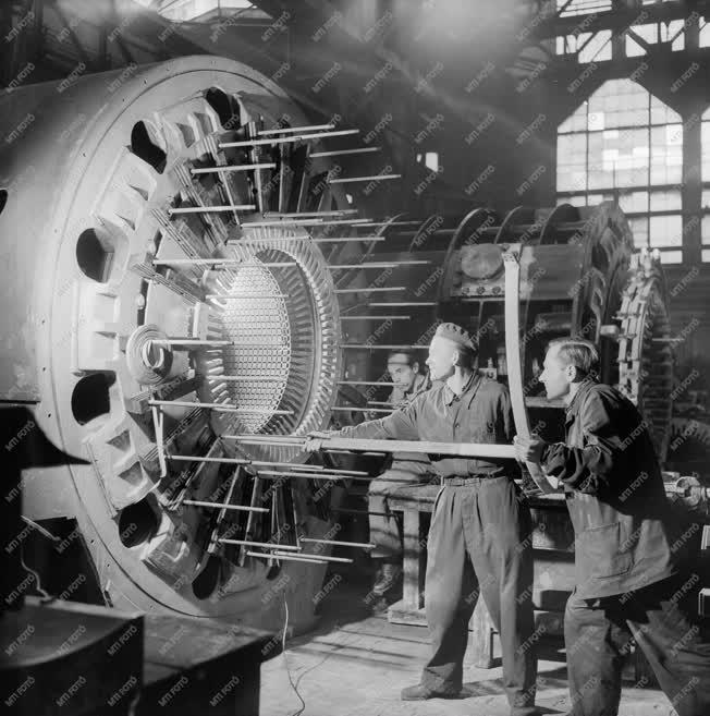 Ipar - Generátor nagyjavítása