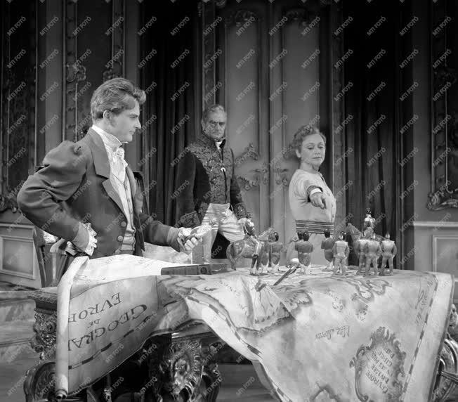 Kultúra - Színház - Rostand: A sasfiók