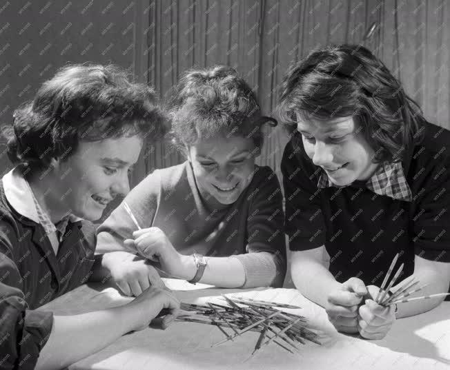 Oktatás - Érettségi felkészítő a dunabogdányi üdülőben