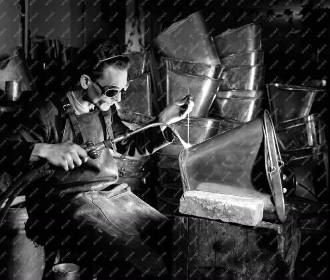 Ipar - Alumíniumgyár