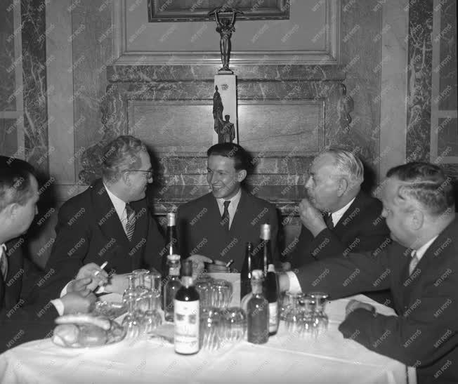 Külpolitika - Magyar küldöttség a SZU-ban - Búcsúfogadás
