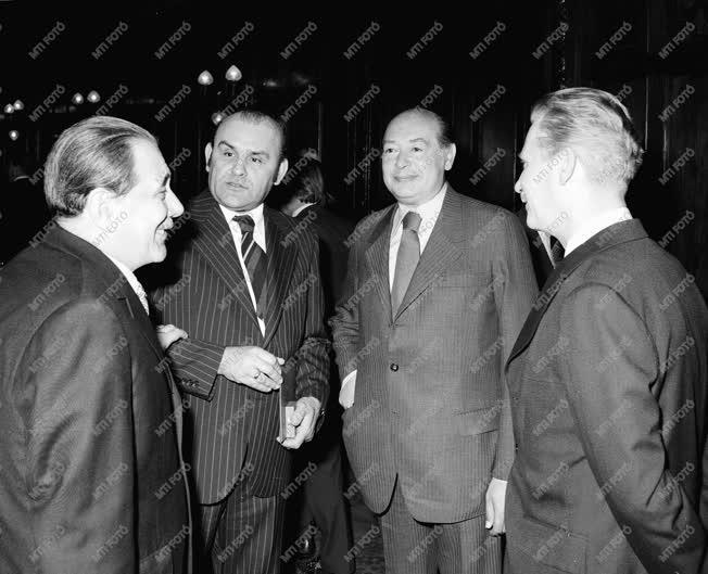 Hofi Géza Kossuth- és Jászai-díjas színművész