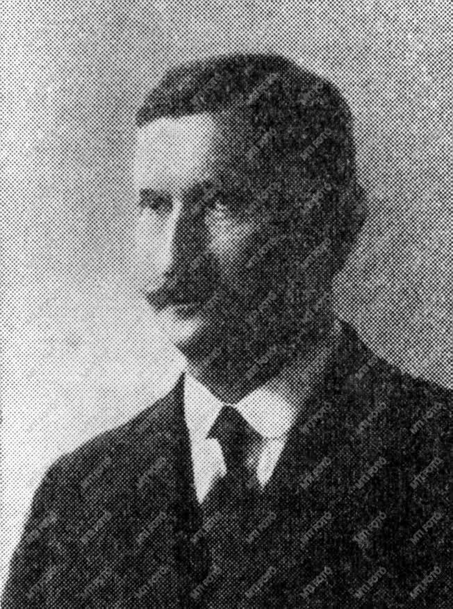 Augustin Béla gyógynövénykutató