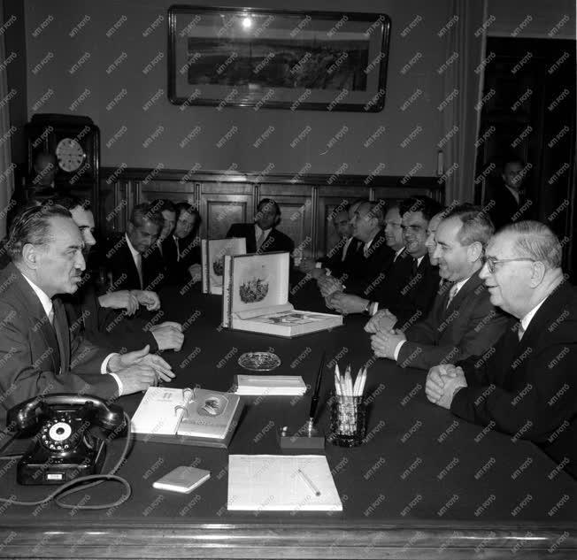 Politika - Magyar kormányküldöttség a Kremlben