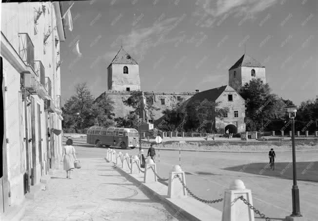 Városkép - Az Újlaky-vár Várpalotán
