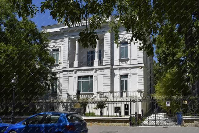 Városkép - Budapest - Zelnik István Délkelet-ázsiai Aranymúzeum