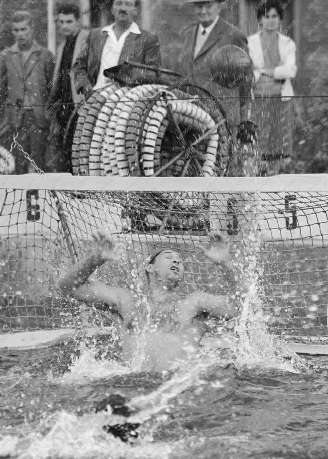 Sport -  1961-es vízilabda-bajnokság - Szolnoki Dózsa - Budapesti Honvéd