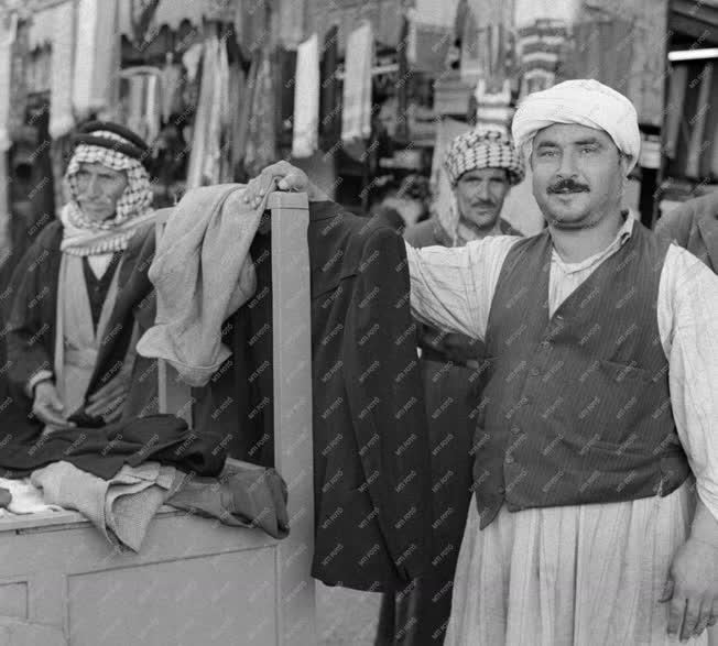 Kereskedelem - Kiskereskedelem - Iraki piac