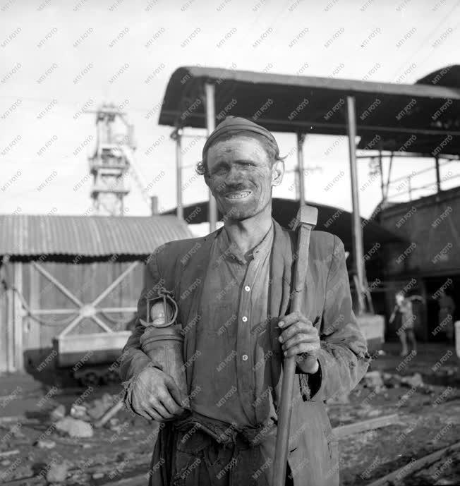 Bányászat - Szilas Adolf sztahanovista vájár