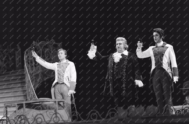 Kultúra - Opera - Mozart: Cosi fan tutte
