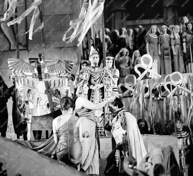 Kultúra - Aida - Bemutató