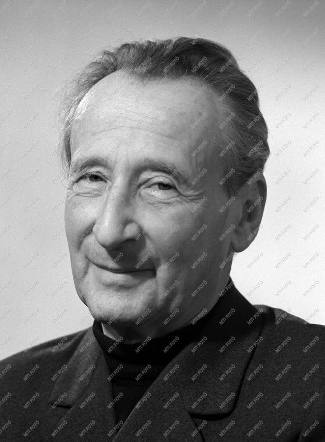 Személy - Reismann János