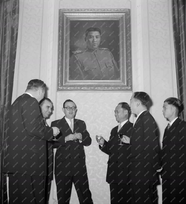 Külkapcsolat - Fogadás a Koreai Néphadsereg Napja alkalmából
