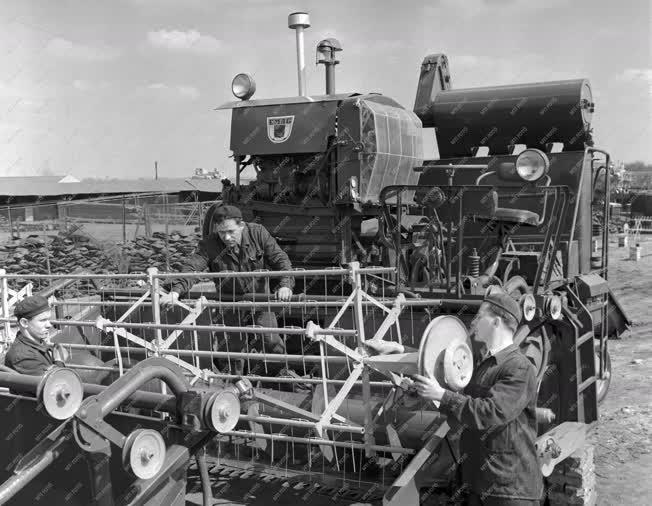 Mezőgazdaság - Ipar - Első Magyar Gazdasági Gépgyár