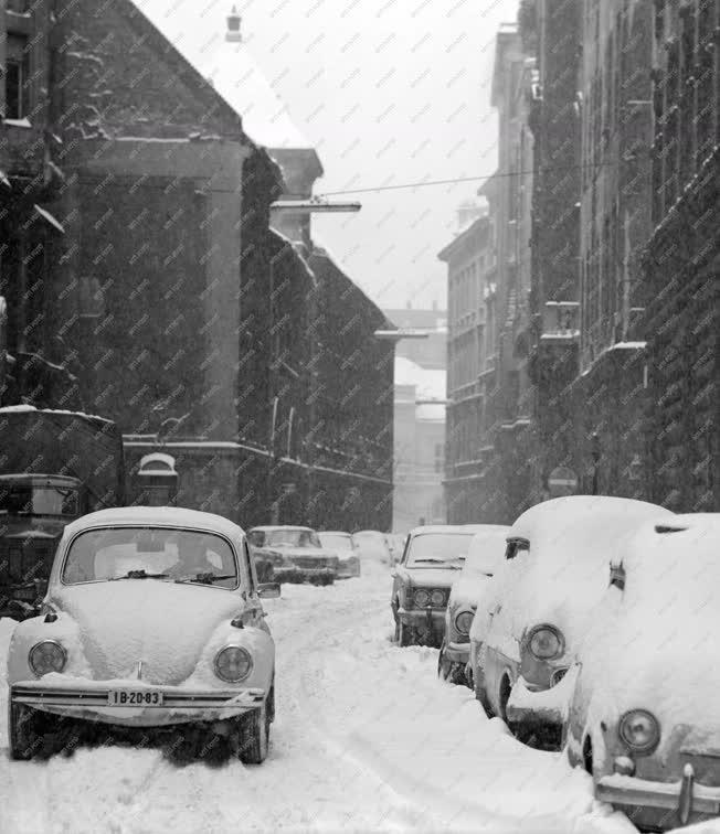 Városkép-életkép - Téli Belváros