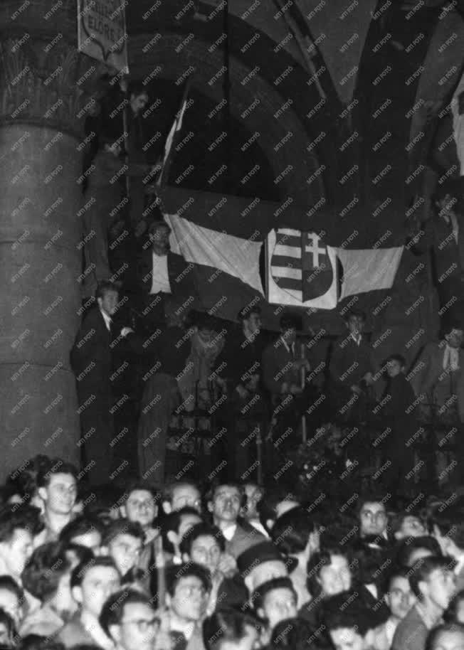 Belpolitika -1956-os forradalom és szabadságharc
