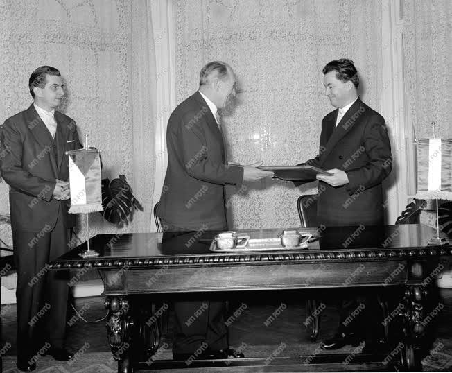Külpolitika - Magyar-csehszlovák állampolgársági egyezmény