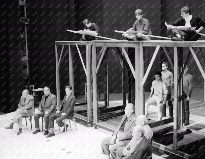 Kultúra - Színház - Shakespeare: Athéni Timon