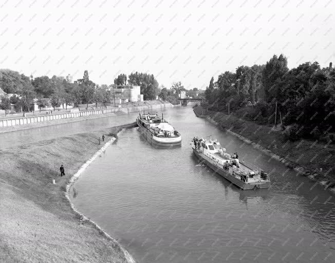 Közlekedés - Hajózás - Sió csatorna