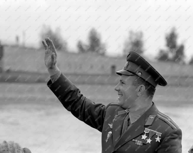 Külkapcsolat - Jurij Gagarin Budapesten