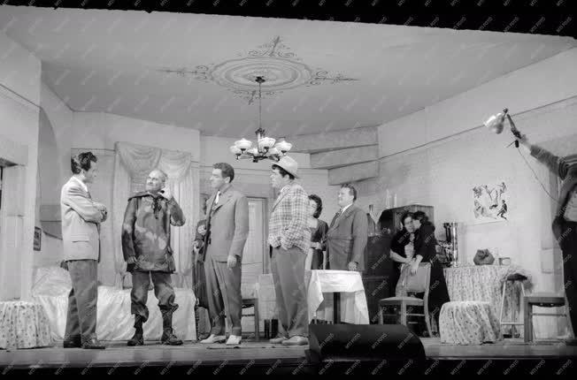 Kultúra - Színház - Eduardo De Filippo: Milliomos Nápoly