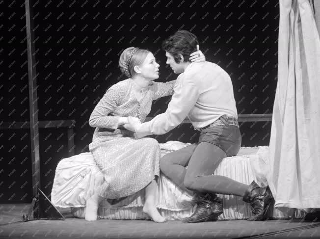Kultúra - Színház - Shakespeare: Rómeó és Júlia